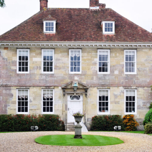 Photo of a large country home - M&N Insurance